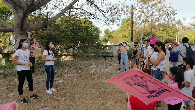 Dona FUTURO 200 arbolitos a ciudadanos para que los adopten
