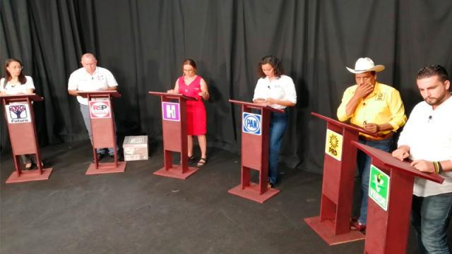 Candidatos exponen sus propuestas en el debate de CPS Media