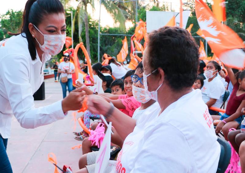 Mojoneras es territorio naranja con Lupita Guerrero