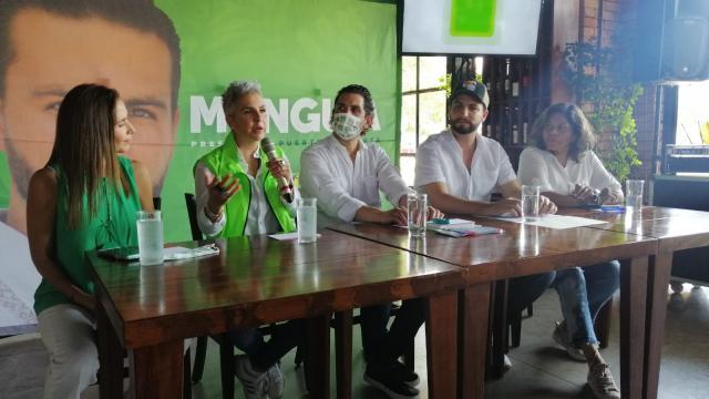Federica, Marijose y Martha Guzmán respaldan a Munguía