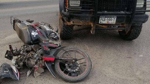 Herido en choque de moto en carretera 544