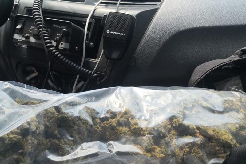 Sujeto es detenido por posesión de drogas