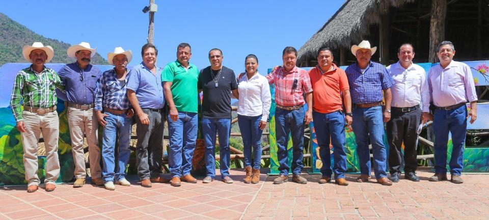 Hacen alianza con Lupita Guerrero sectores ciudadanos