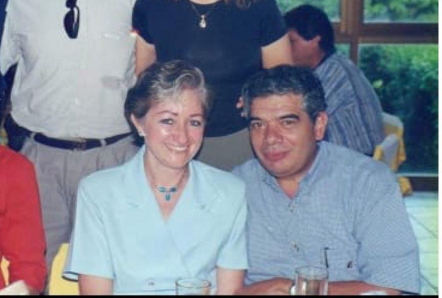 Jaime Nieto y su esposa. Él falleció este día, su esposa hace una semana