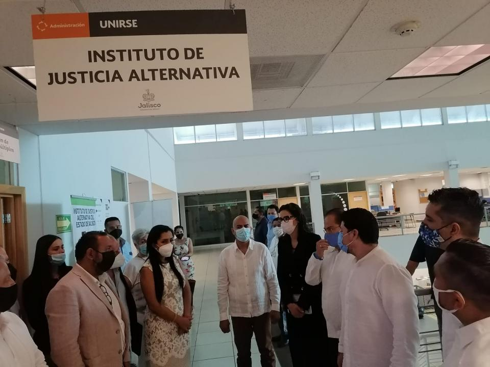 Justicia alternativa para vallartenses con módulo del IJA