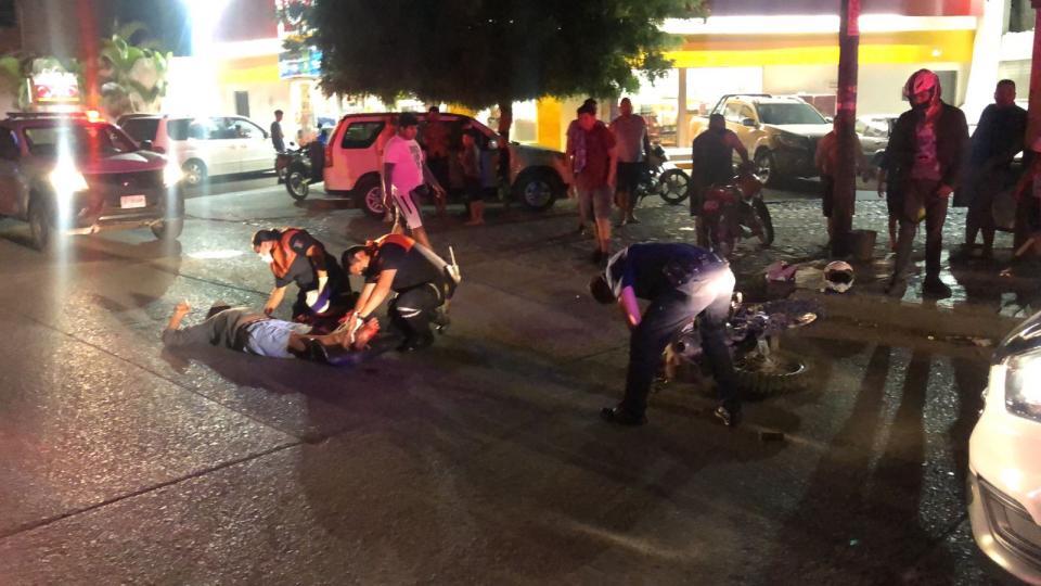 Joven motociclista derrapa en La Vena