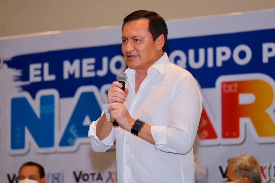 Osorio Chong respalda a Cuevas