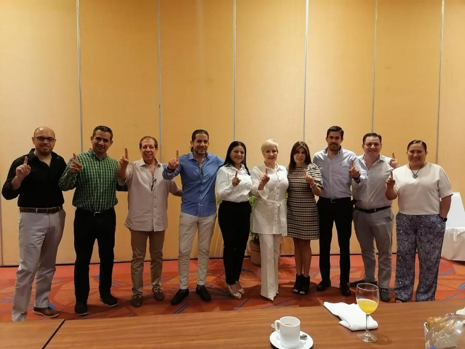 Piden desarrolladores trabajo en equipo a Lupita Guerrero