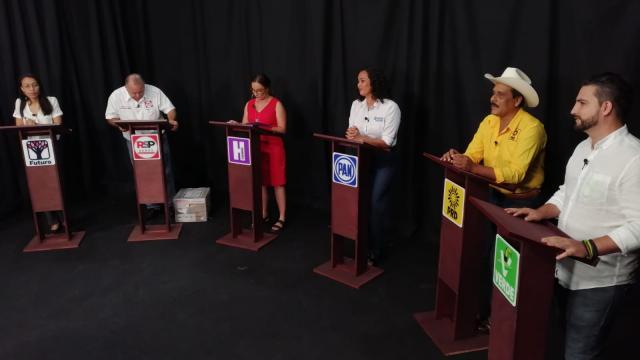 Debatir