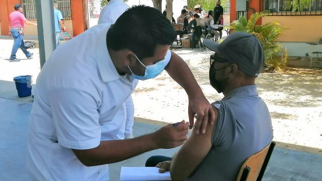 Jalisco y Nayarit incluidos en la vacunación