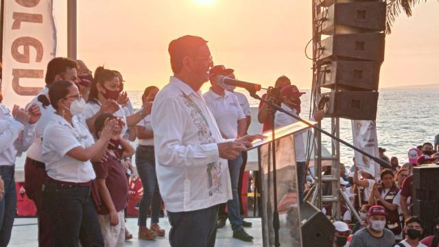 Todo Puerto Vallarta está con Morena: Profe Michel