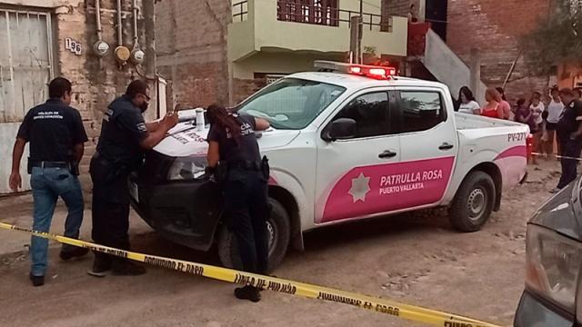 Localizan cadáver colgado en Ixtapa
