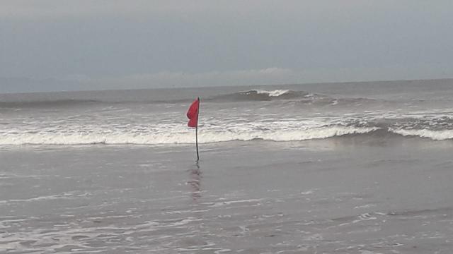 Bandera ROJA en San Blas y Bahía de Banderas