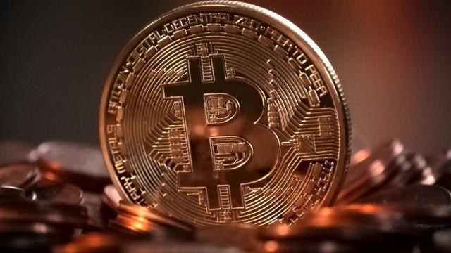 Bitcoin se convierte en moneda de cambio en El Salvador