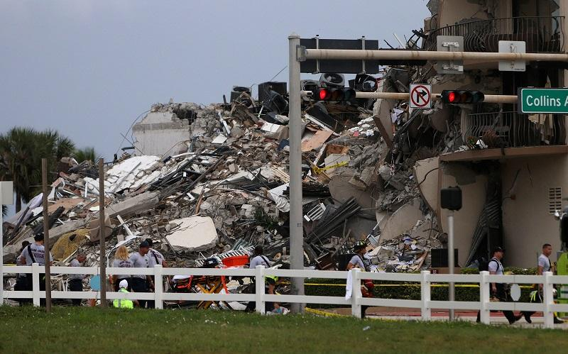 Colapso de en edificio de Florida