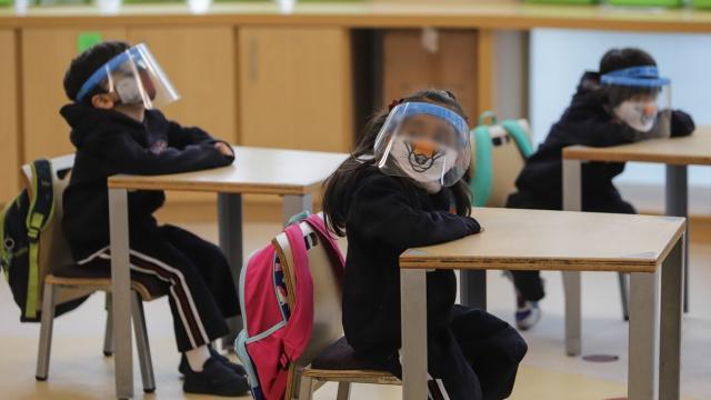 70 escuelas públicas cerradas en Jalisco por COVID-19