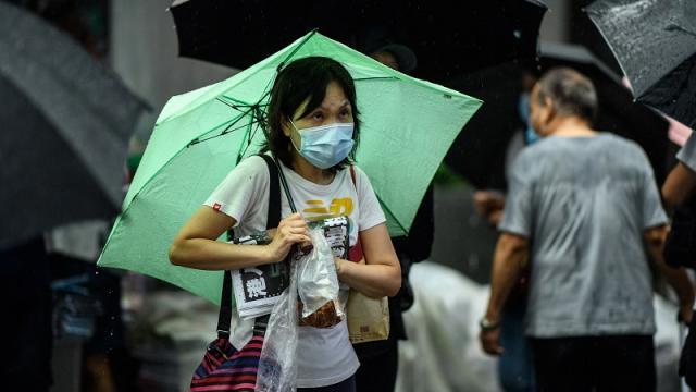 Hong Kong prohíbe vuelos desde Reino Unido por variante Delta del virus