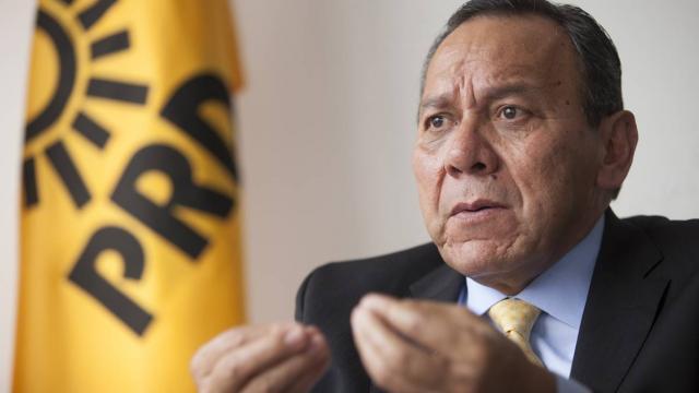 Es incongruente la consulta a expresidentes: PRD