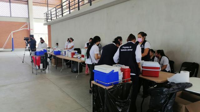 Jornada de vacunación contra Covid-19 en Puerto Vallarta