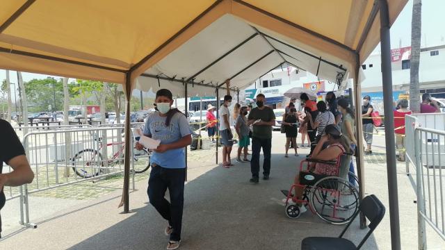Vacunación contra Covid-19 en Puerto Vallarta