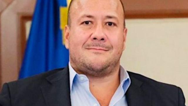 """Ordena INE a Enrique Alfaro """"bajar"""" propaganda"""