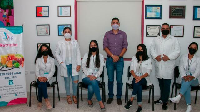 Reconoce DIF Vallarta a estudiantes de Nutrición