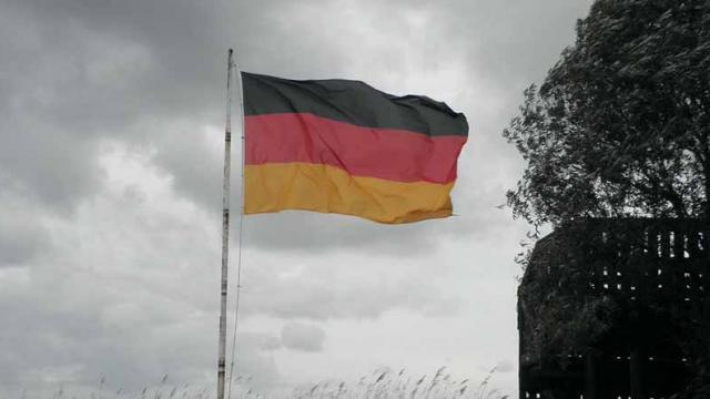 Despiden a entrenador alemán por comentarios racistas