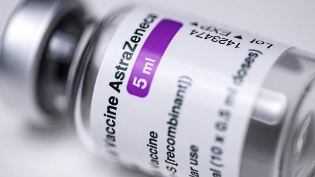 AstraZeneca y Pfizer, más anticuerpos