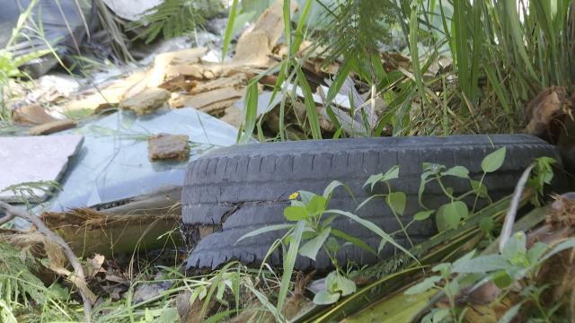 Contaminan el arroyo de los camarones en Ramblases