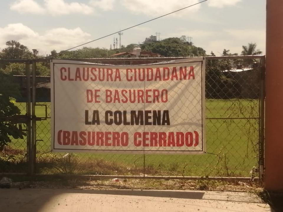 Apagan incendio del basurero La Colmena en Guayabitos