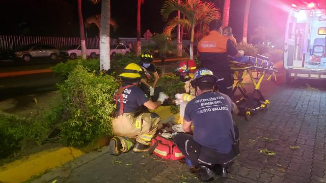 Dos heridos tras derrapar moto en la Medina Ascencio