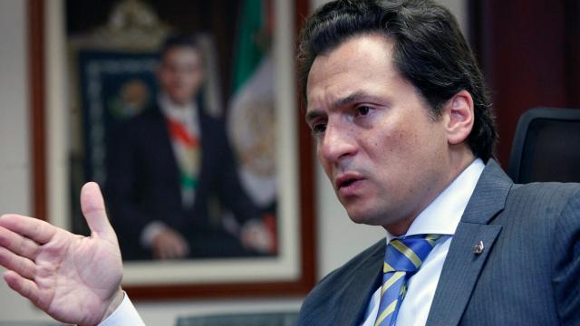Juez aplaza audiencia de Emilio Lozoya