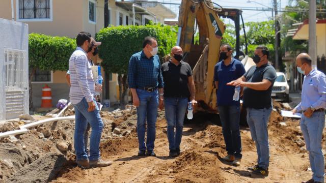 Recorrido de Jaime Cuevas por obras en San José Del Valle