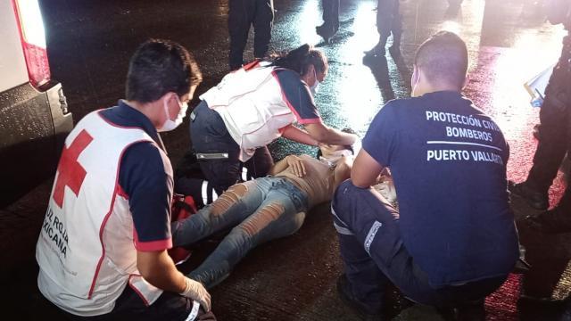 Joven es atropellada en avenida México por motociclista