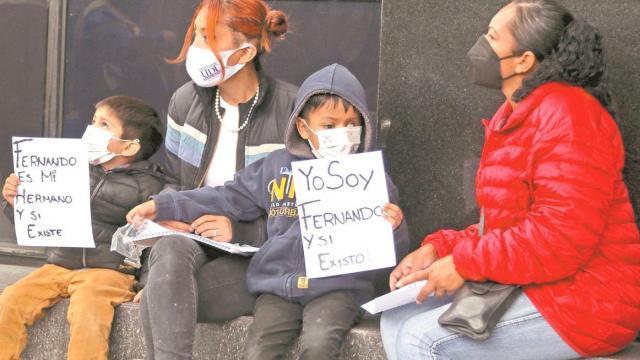"""López-Gatell, sí existo"", dice Fernando, niño con cáncer"