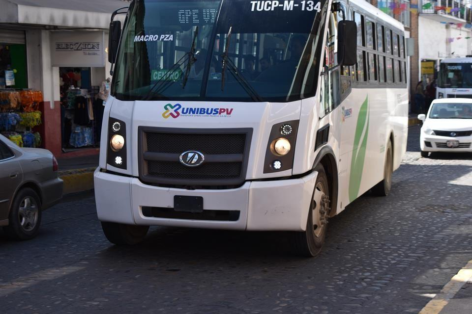 Instruyen a transportistas para reforzar medidas sanitarias
