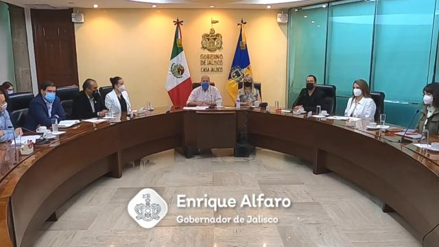 Se reúne Enrique Alfaro con asociaciones civiles