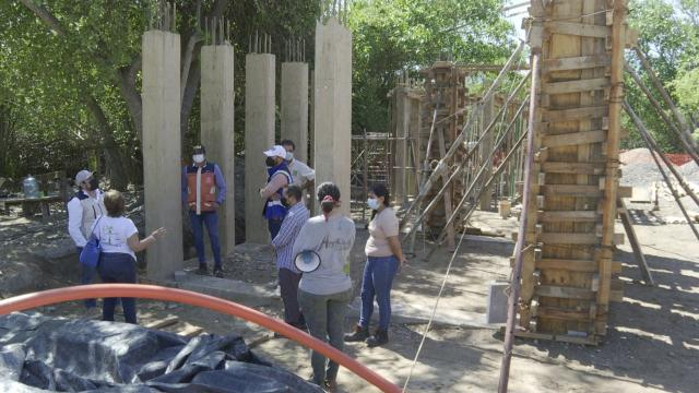 Se reúnen para reconstrucción del estero El Salado