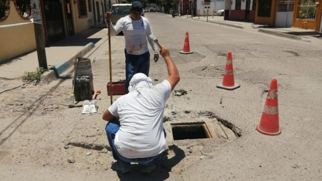 Seapal Vallarta soluciona problema de alcantarilla dañada