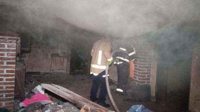 Sofocan incendio en domicilio de El Pitillal