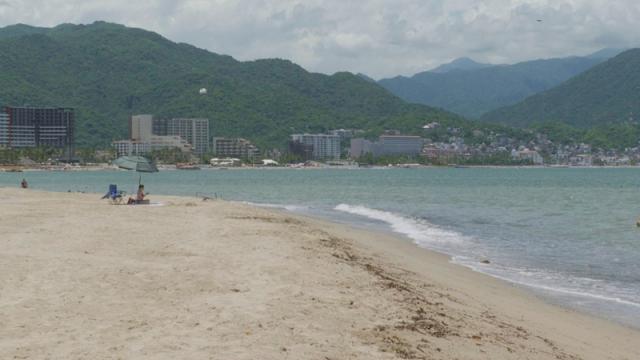 Vallarta con playas limpias para uso recreativo: Coprisjal