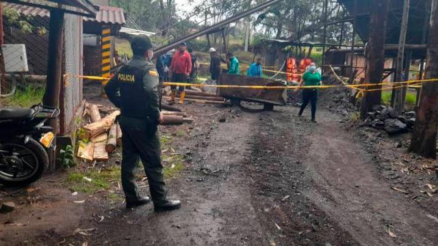 Doce muertos por explosión en mina de carbón en Colombia
