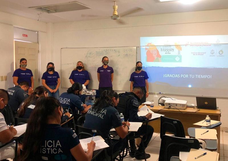 Imparten curso sobre prevención de la violencia sexual y sus expresiones