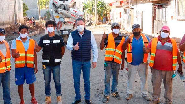 67 empleados municipales dan positivo a COVID, tres fallecieron