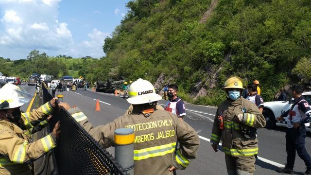 Accidente sobre la carretera Tepic-Guadalajara