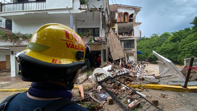 Huracán Nora deja severos daños: Enrique Alfaro