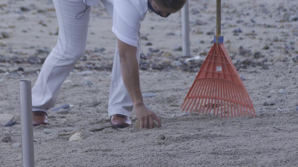 Basura en arroyo camarones termina en la playa