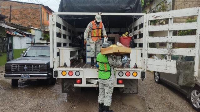 Guardia Nacional apoya damnificados de la San Esteban