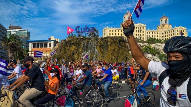 Manifestación de jóvenes en La Habana