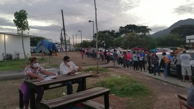 Más de 11 mil cincuentones se han vacunado en Vallarta